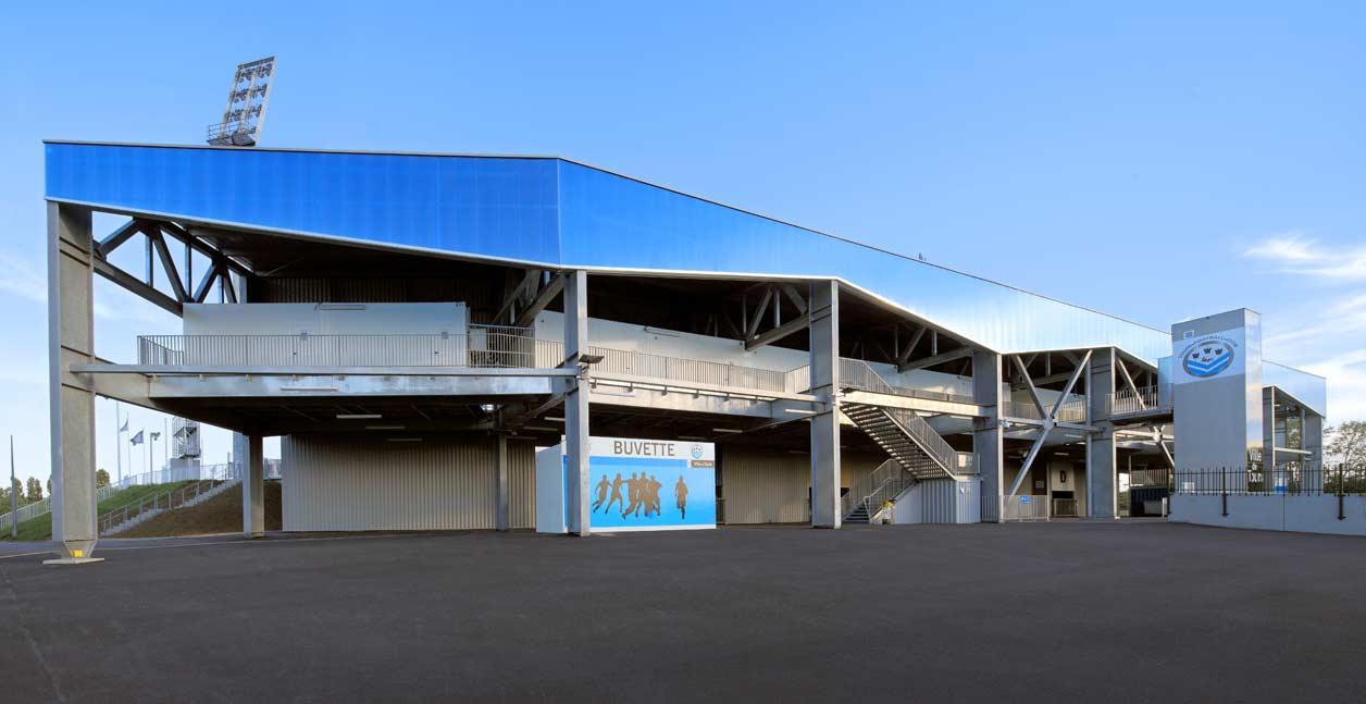 Tribune Couverte De 4 990 Places Au Stade De La Vall 233 E Du